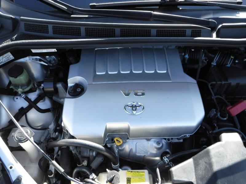 Toyota Sienna 2008 price $6,800