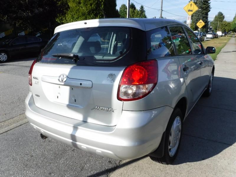 Toyota Matrix 2004 price $5,450