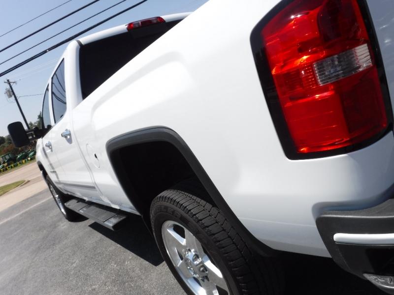 GMC Sierra 2500HD 2015 price $38,995