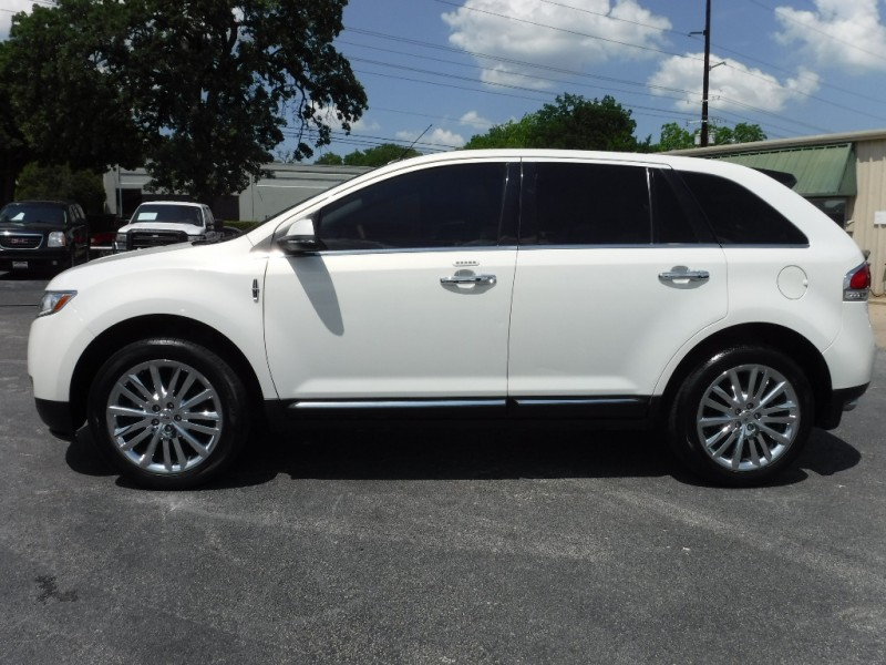 Lincoln MKX 2013 price $13,995
