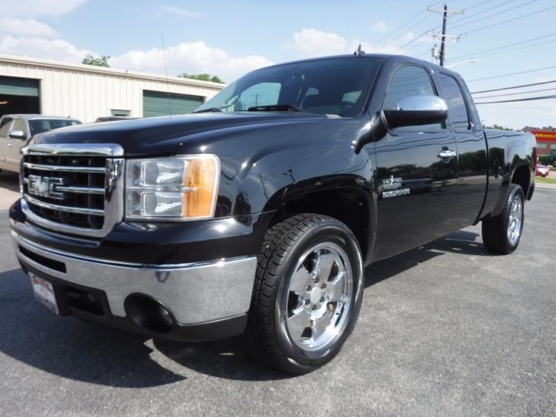 GMC Sierra 1500 2012 price $15,500