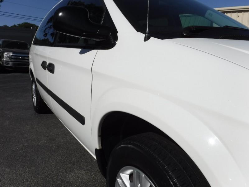 Dodge Grand Caravan 2006 price $5,995