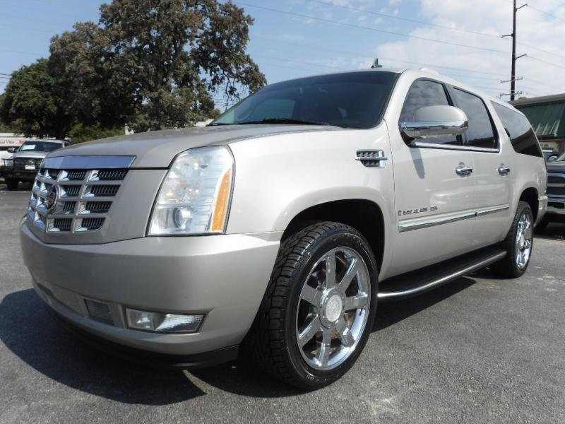 Cadillac Escalade ESV 2007 price $13,000