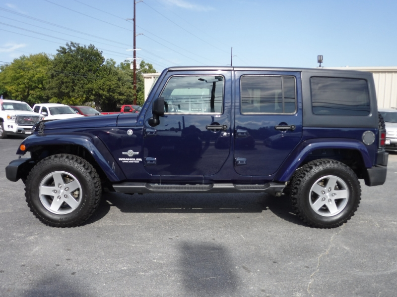 Jeep Wrangler Unlimited 2012 price $18,000