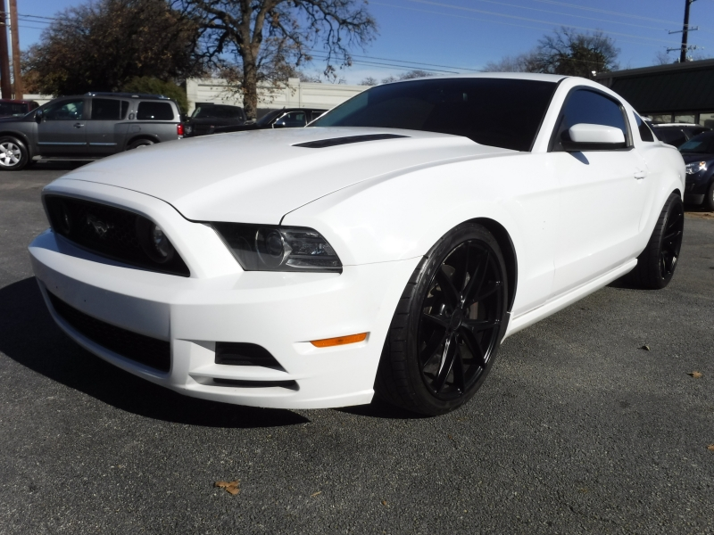 Ford Mustang 2014 price $17,000