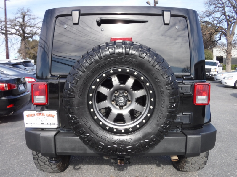 Jeep Wrangler Unlimited 2015 price $25,000