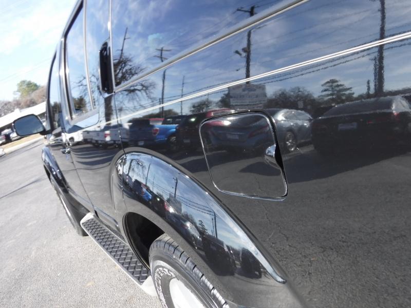 Nissan Pathfinder 2011 price $9,995