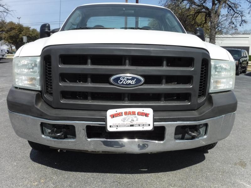 Ford Super Duty F-250 2005 price $4,495