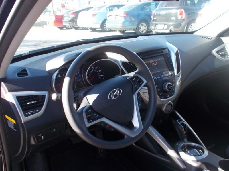Hyundai Veloster 2016 price $12,999