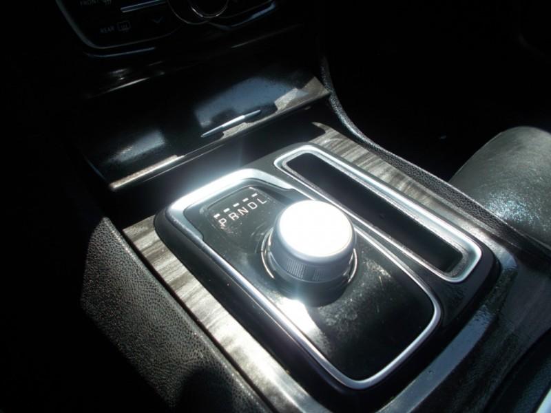 Chrysler 300 2015 price $13,884