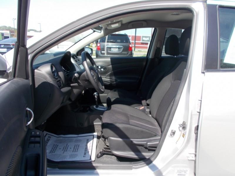 Nissan Versa 2019 price $11,999