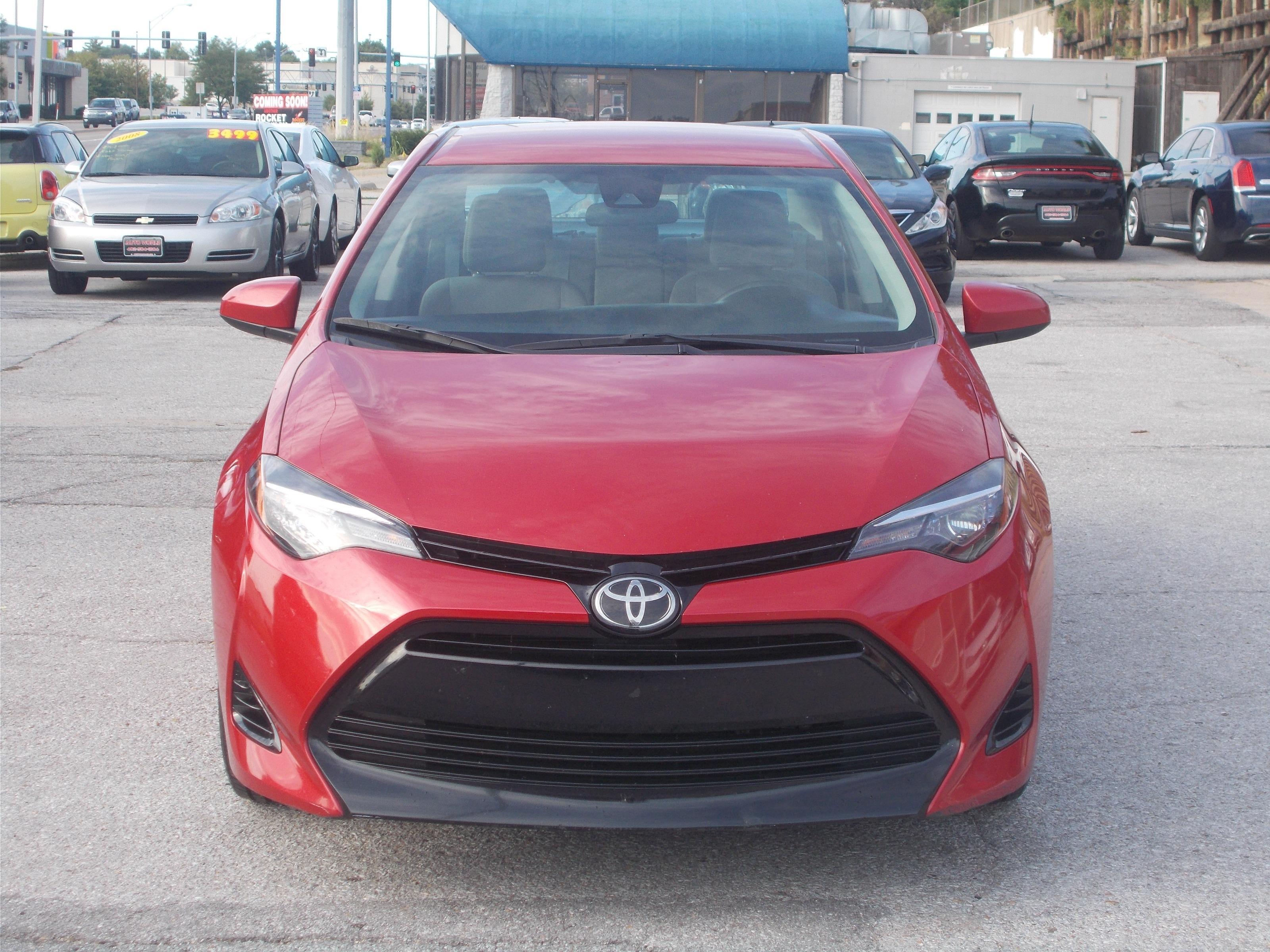 Performance Toyota Omaha >> 2018 Toyota Corolla Le