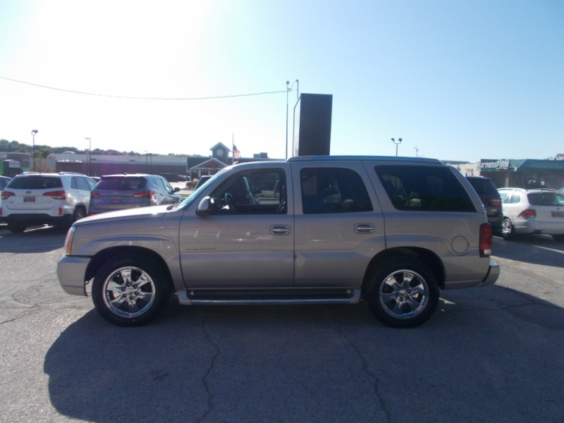 CADILLAC ESCALADE 2005 price $6,999