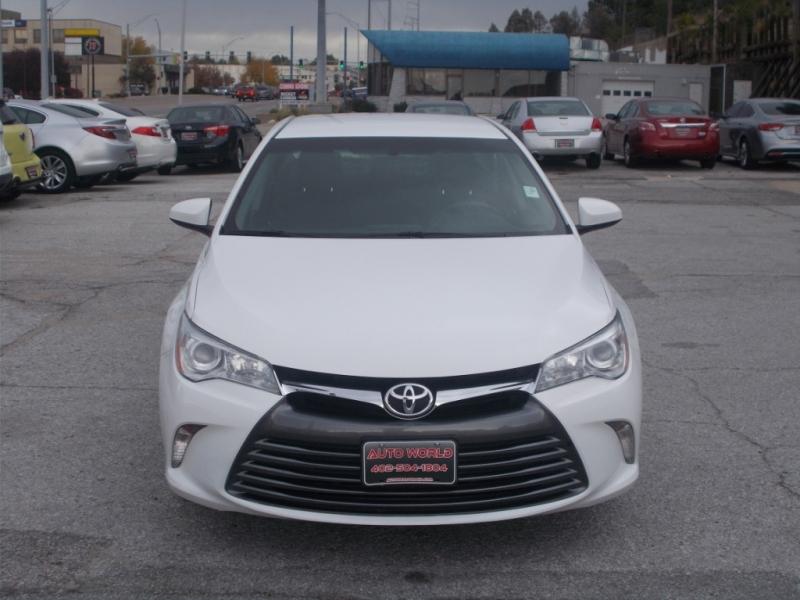 Toyota Camry 2017 price $12,999
