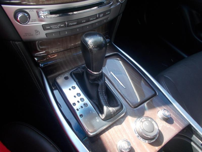INFINITI M37 2012 price $17,499