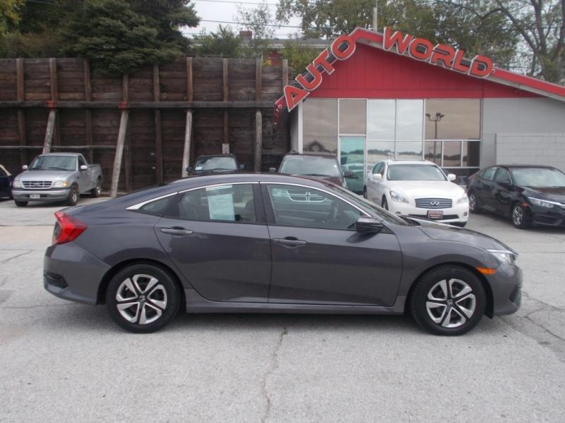 Honda Civic 2016 price $13,999