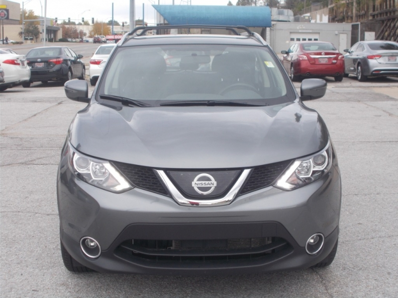 Nissan Rogue Sport 2018 price $19,999