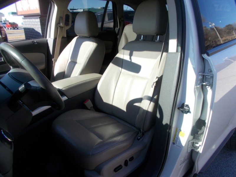 Ford Edge 2013 price $12,499