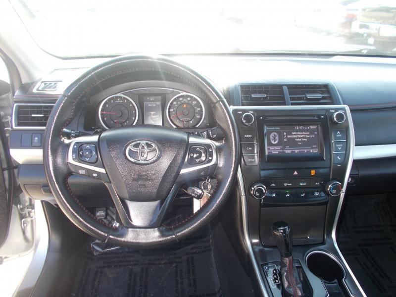 Toyota Camry 2016 price $13,999