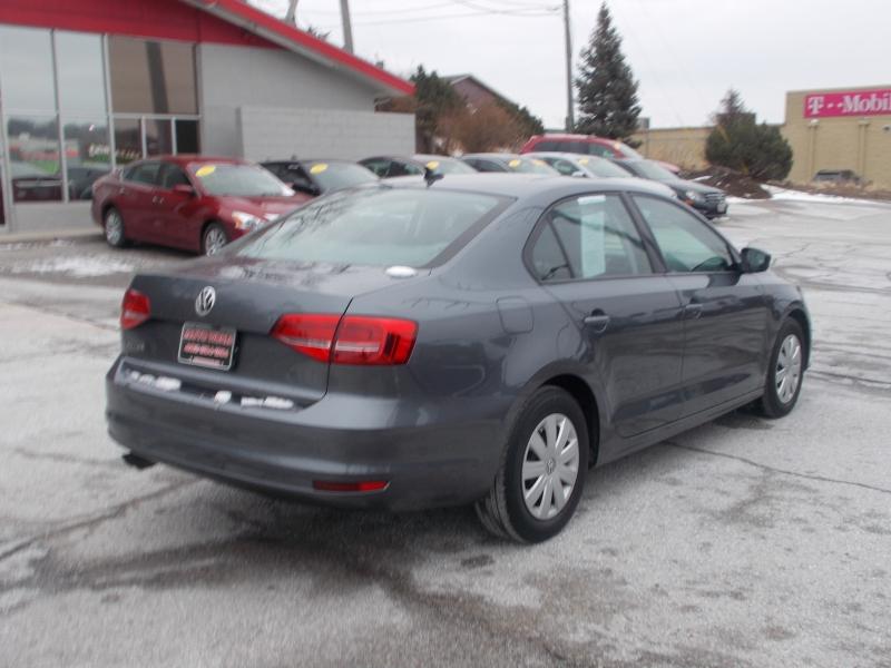Volkswagen Jetta 2015 price $10,999