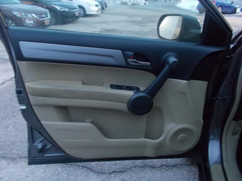 Honda CR-V 2011 price $9,999