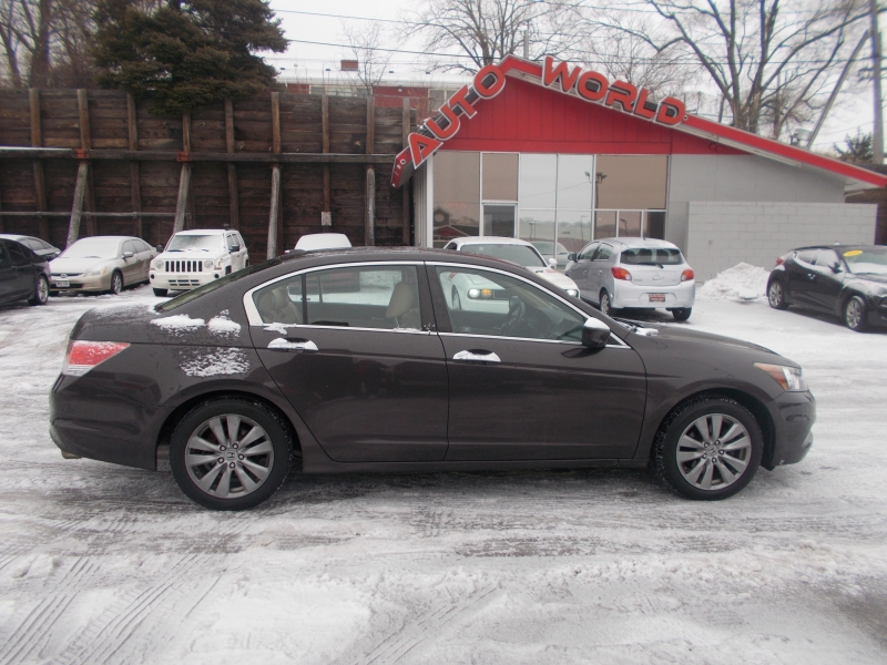 Honda Accord 2012 price $11,499