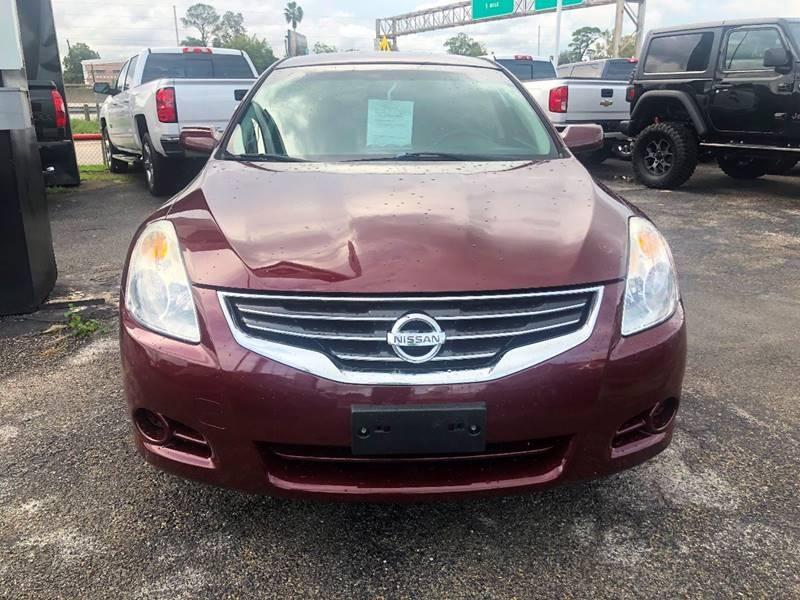 Nissan Altima 2010 price 9995