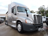 Freightliner Cascadia 125 W/ Sleeper And 10 Speed 2013