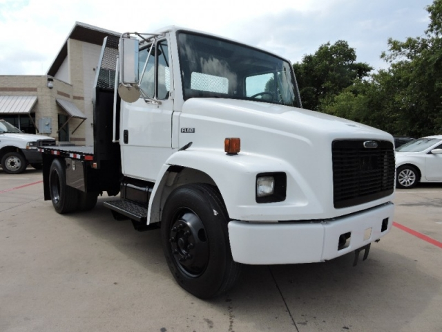 2004 Freightliner FL60 Flat Bed W/ Air Connections