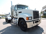 Mack 600 MP8 Day Cab 2008