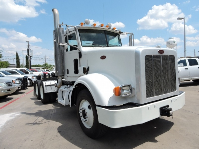 2010 Peterbilt Conventional 367 Day Cab Day Cab