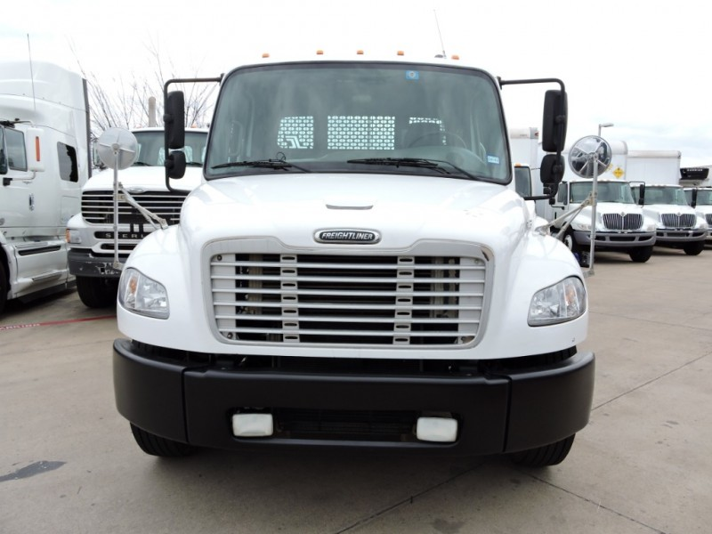 Freightliner BUSINESS M2 2006 price $15,500