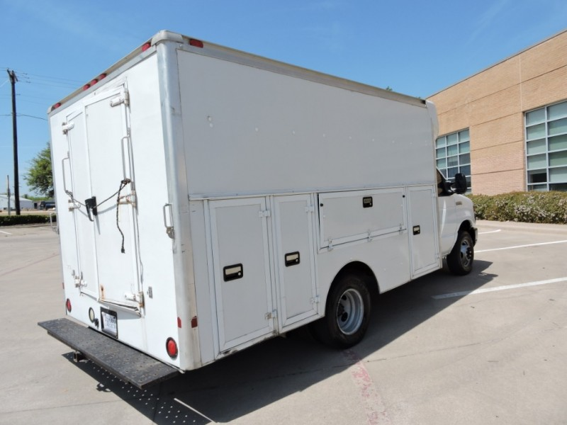 Ford Econoline Commercial Cutaway 2008 price $8,990