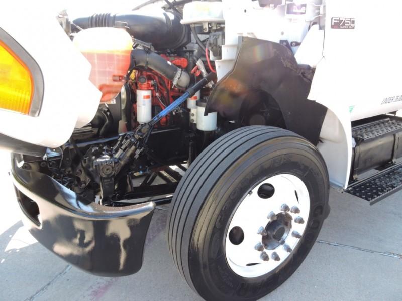 Ford F750 w/CUMMINS ENGINE 2012 price $27,990