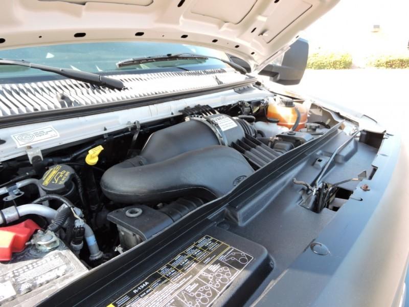 Ford E350 16 FOOT BOX TRUCK 2012 price $10,990
