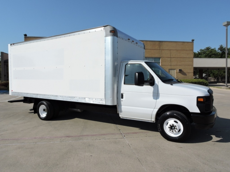 Ford E350 16 FOOT BOX 2012 price $10,990