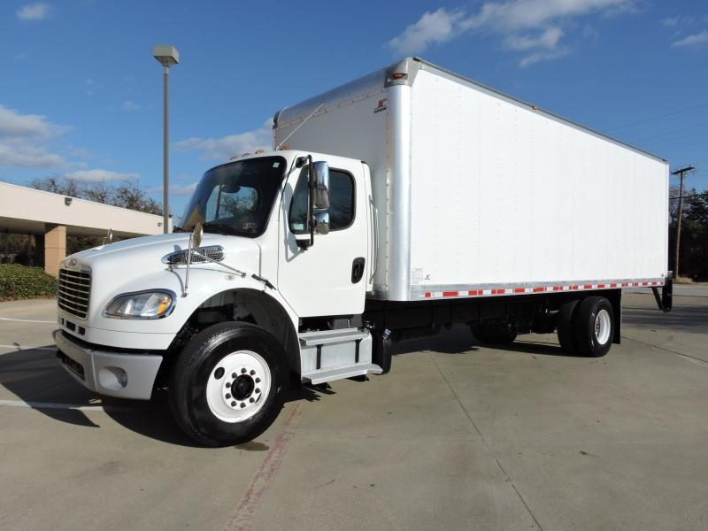 Freightliner M2 26 FOOT BOX 2013 price $41,900