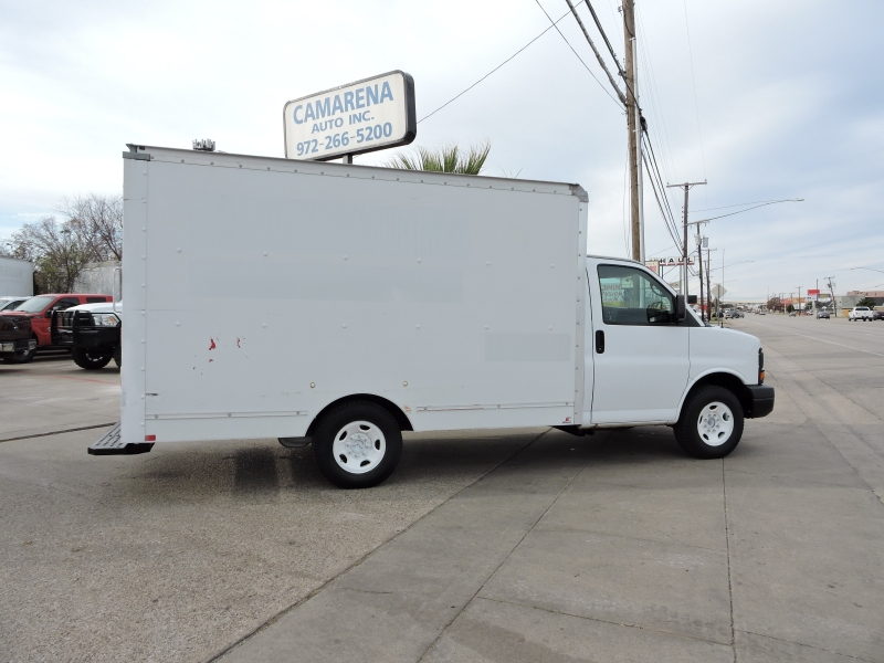 GMC Savana Commercial Cutaway 2012 price $8,900