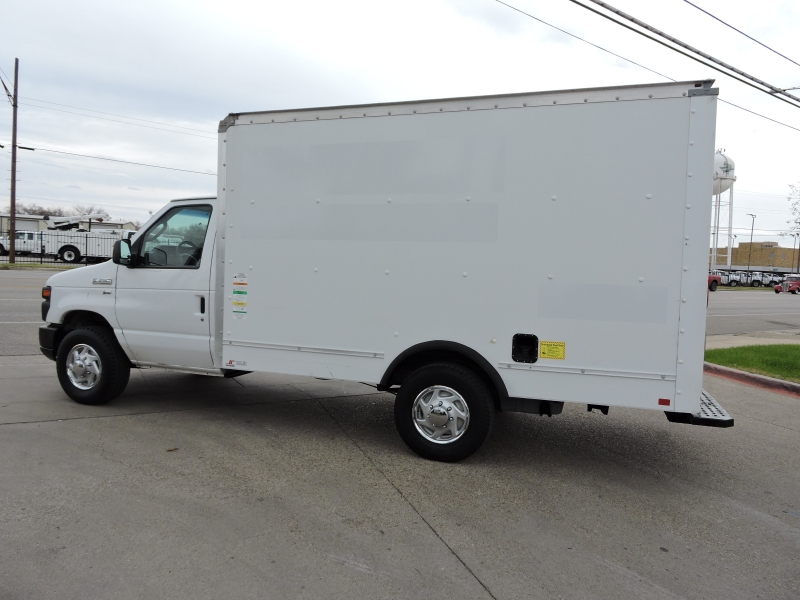 Ford Econoline Commercial Cutaway 2012 price $8,990