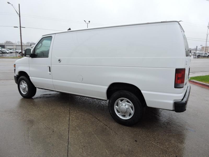 Ford Econoline Cargo Van 2009 price $10,990
