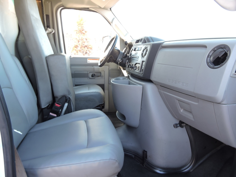 Ford Econoline Commercial Cutaway 2012 price $11,990