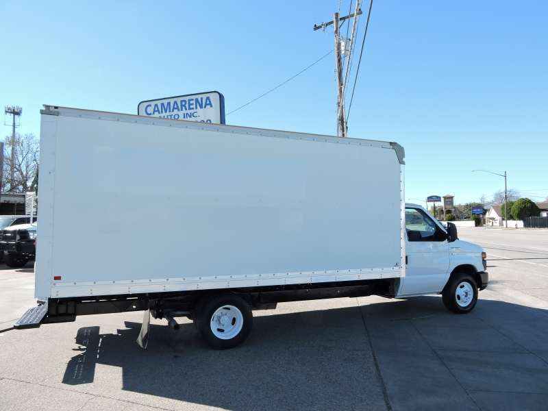 Ford Econoline Commercial Cutaway 2012 price $10,990