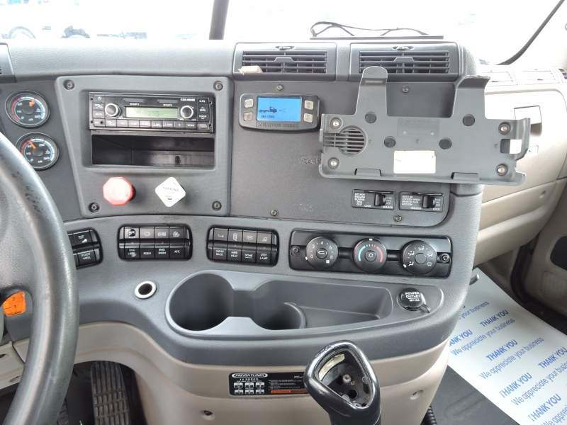 Freightliner CASCADIA DAY CAB 2013 price $34,990