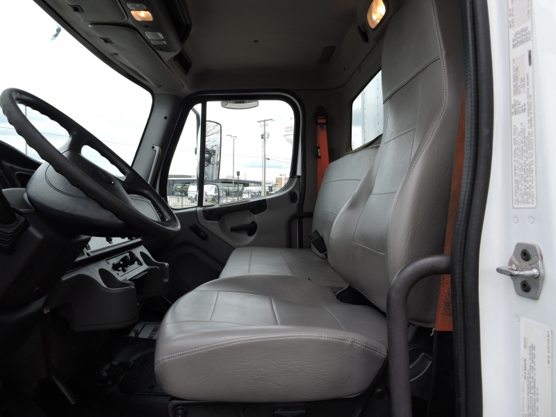 Freightliner M2 26 FOOT BOX 2014 price $42,990