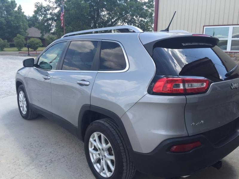 Jeep Cherokee 2015 price $11,995