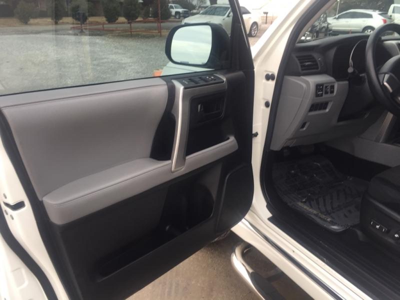 Toyota 4Runner 2011 price $15,750