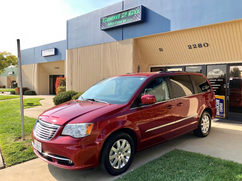 2014 Chrysler Town Country