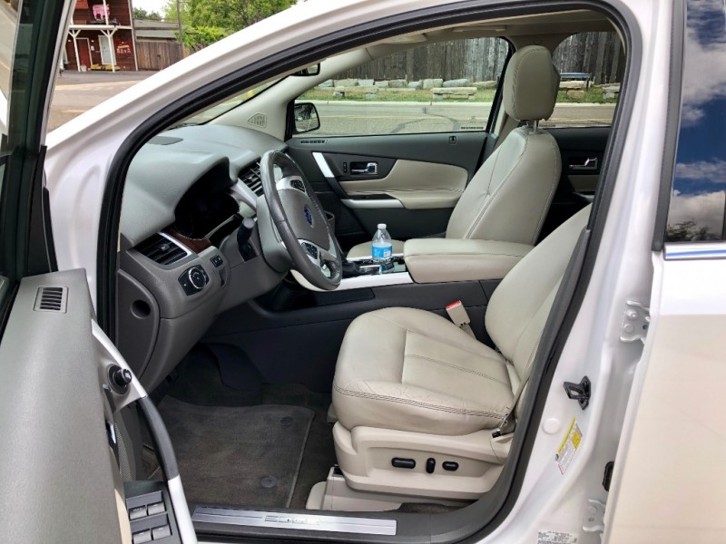 Ford Edge 2013 price $13,999