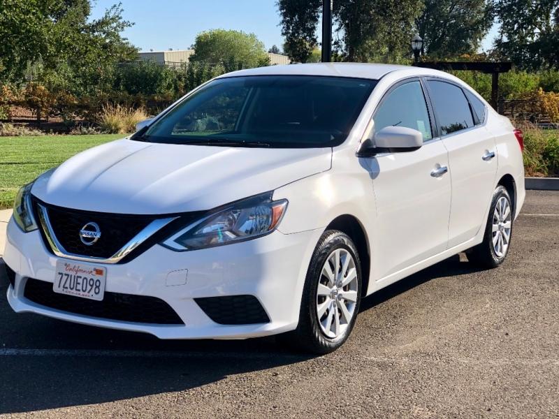 Nissan Sentra 2016 price $9,475