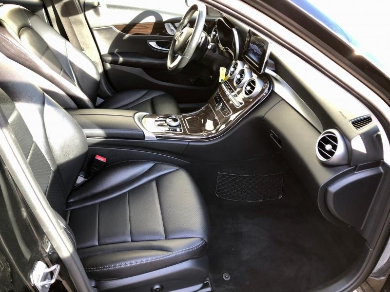 Mercedes-Benz C-Class 2017 price $19,995